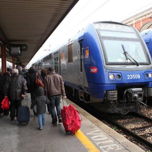 Le sénat adopte une proposition de loi pour renforcer le service minimum en cas de grève dans les transports